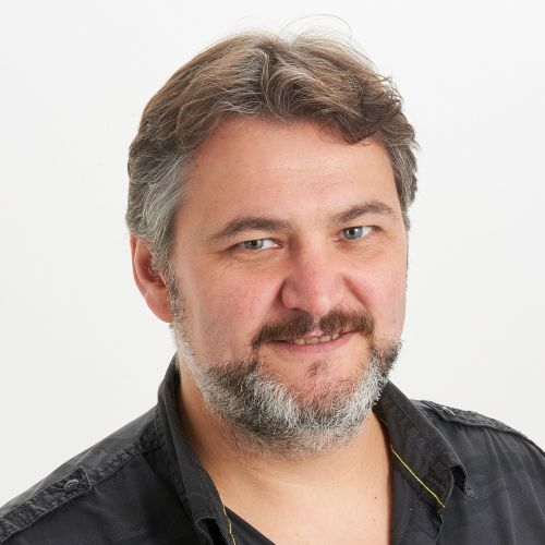 Gil Monnier hypnose, sophrologie, mental coach, shiatsu, reïki